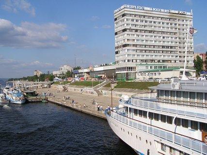 Как добраться: маршрутка до Речного вокзала (259, 247, 205) или Площади Революции (37, 47, 34), потом спуститься...