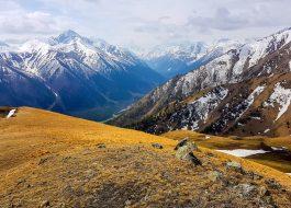 Весна в горах Кавказа