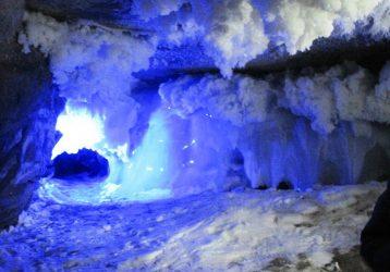 Кунгурская ледяная пещера с лазерным шоу и музеем купечества