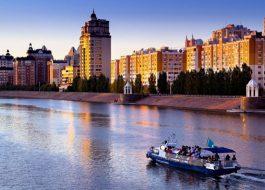 Водная-прогулка-по-реке-Ишим Астана