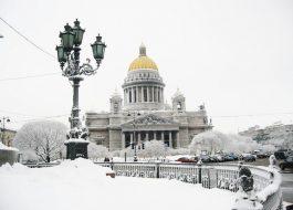 Встреча Нового года в Северной столице