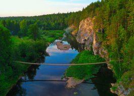 Карстовый-мост-оленьи-ручьи-тур-выходного-дня-из-Екатеринбурга